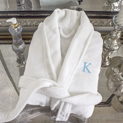 spa robe to be given as bride and bridesmaids gifts