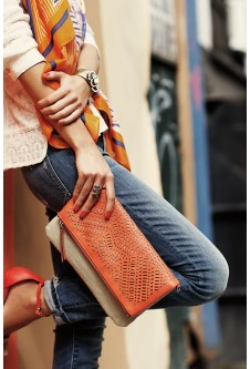 Stella and Dot designs has a variety of fashion accessories